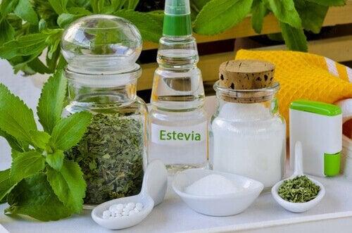 Plante medicinale care luptă împotriva diabetului precum stevia