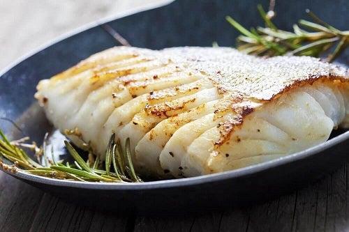 3 rețete cu pește simple și delicioase