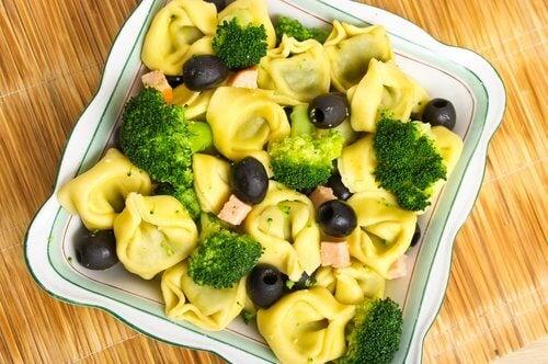 Salată de broccoli pe lista de preparate care cresc numărul trombocitelor