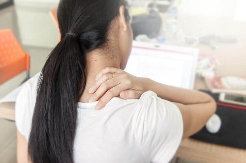 Sedentarismul pe lista de cauze ale durerilor de spate