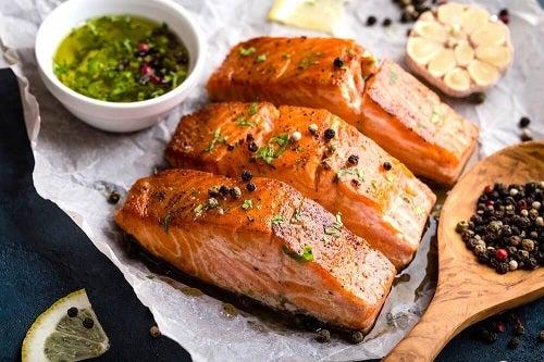 Somon inclus în rețete cu pește simple