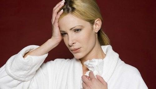 Trucuri pentru combaterea sinuzitei la femei