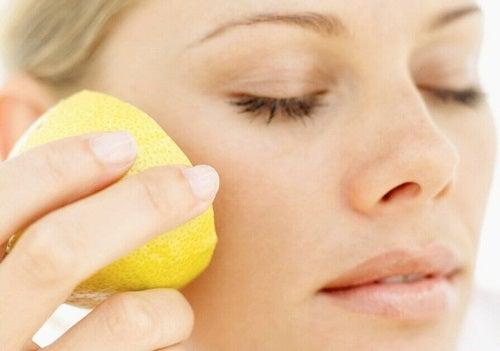 Utilizări cosmetice ale lămâii pentru îngrijirea tenului