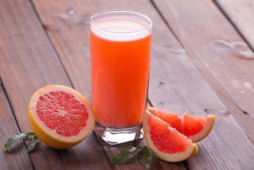 Băuturi care stimulează pierderea în greutate cu grepfrut