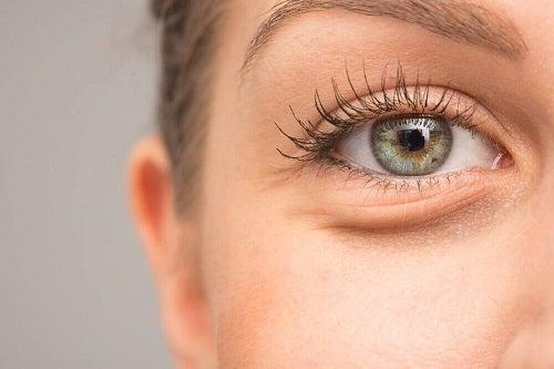 Beneficii oferite de papaya pentru ochi