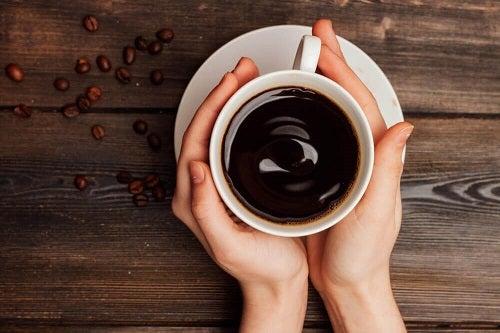 Cafeaua este printre cele mai dăunătoare băuturi pentru stomac