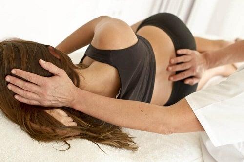 Cauzele durerii de spate tratate la medic