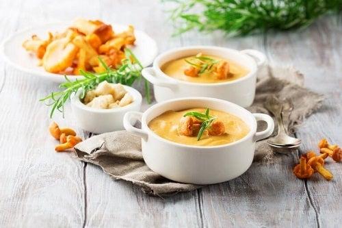 Cele mai sănătoase supe cremă de legume cu dovleac