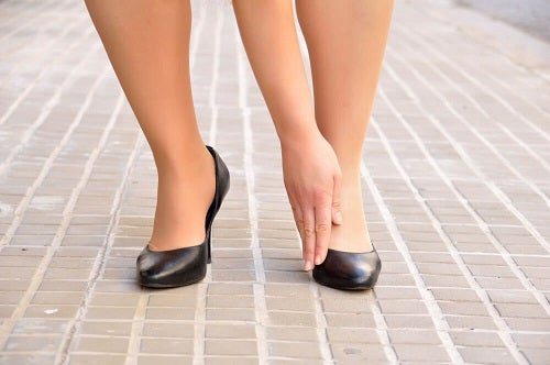 Cum să scapi de monturi purtând pantofi comozi