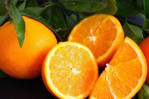 Pui la cuptor cu portocale bogate în vitamina C