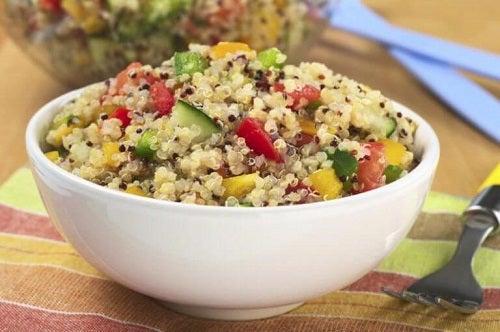 Rețete gustoase cu quinoa care sunt ușor de preparat