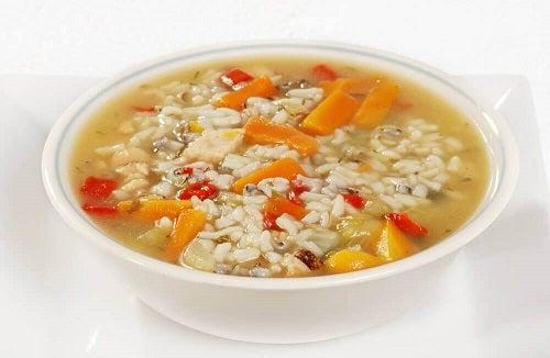 3 supe care refac organismul după diaree