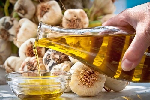 Remediu cu ulei de măsline și usturoi pentru tratarea hipertensiunii