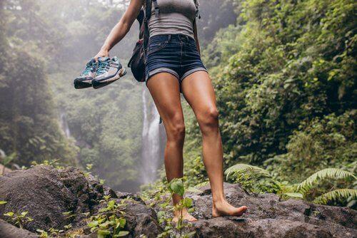 Uleiuri esențiale pentru combaterea onicomicozei la picioare