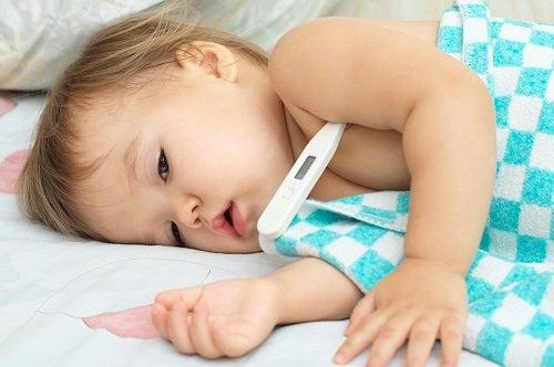 Ce este virusul coxsackie care se manifestă prin febră