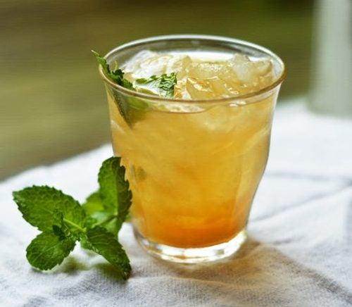 Ceai verde pentru slăbit cu ananas