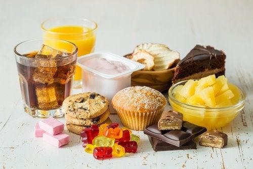 Creștere în greutate la menopauză din cauza consumului de dulciuri