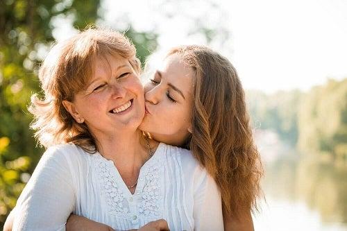 Cum se consolidează relația mamă-copil: sfaturi utile