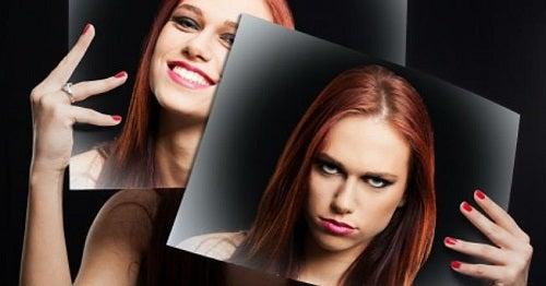 Efecte ale unei mame narcisiste precum o percepție de sine greșită