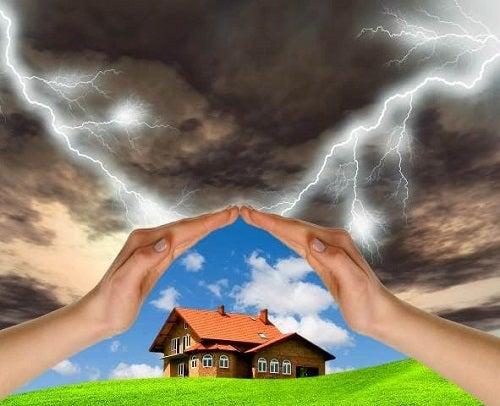Eliminarea energiilor negative din casă – 5 metode