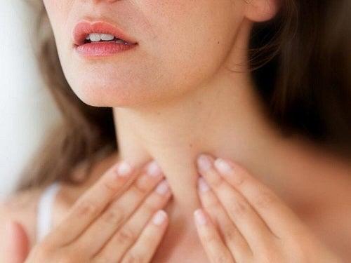 Hipotiroidismul se află în categoria de boli care provoacă senzația de frig