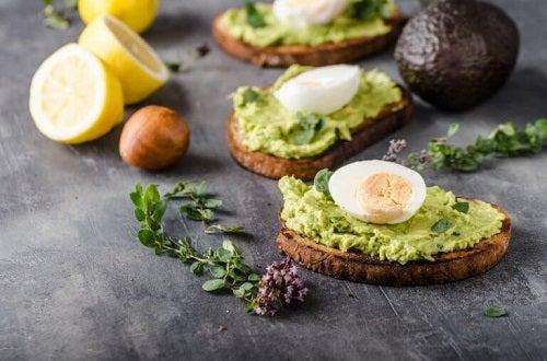 Mâncăruri gustoase și sănătoase cu avocado