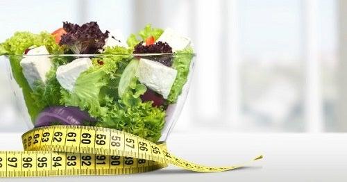 Metode pentru stimularea producției de colagen precum o alimentație adecvată