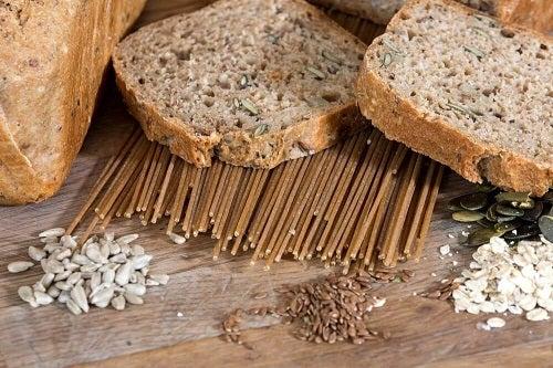 Pâinea integrală pe lista de opțiuni pentru micul dejun