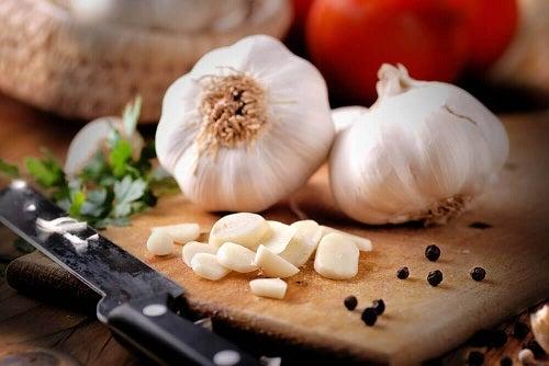 Proprietățile usturoiului în bucătărie