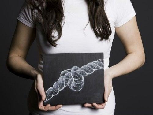 Simptome timpurii ale cancerului ovarian precum problemele de digestie