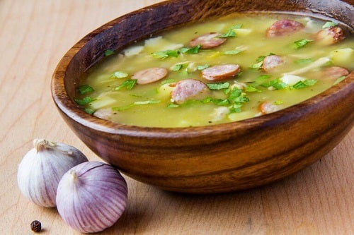 Încearcă o rețetă delicioasă de supă cu șuncă afumată