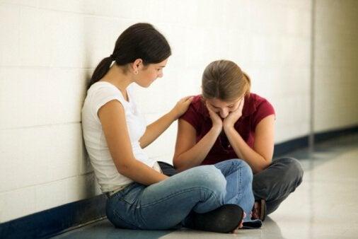 Trăsături ale persoanelor imature precum lipsa empatiei