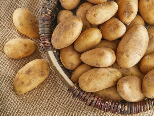 Cartofii prăjiți sunt alimente de evitat dacă urmezi o dietă