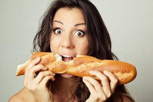 Motive pentru care consumul de pâine este dăunător