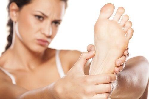 Cum să tratezi piciorul diabetic cauzat de hiperglicemie