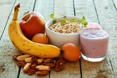 Dependența de mâncare este depășită cu un mic dejun sănătos