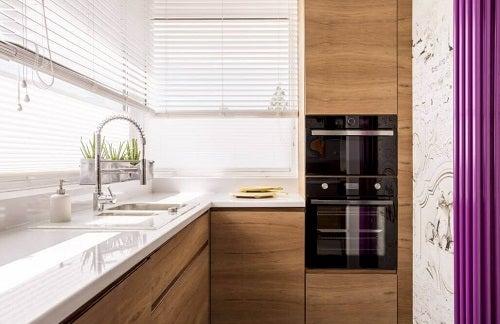 6 idei excelente pentru amenajarea unei bucătării mici