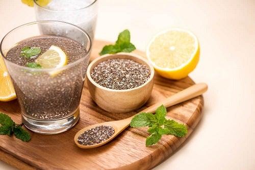 Apa cu semințe de in și lămâie ajută la slăbit?