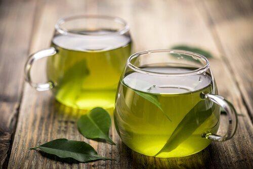 Ceaiul verde pe lista celor mai bune ceaiuri pentru slăbit