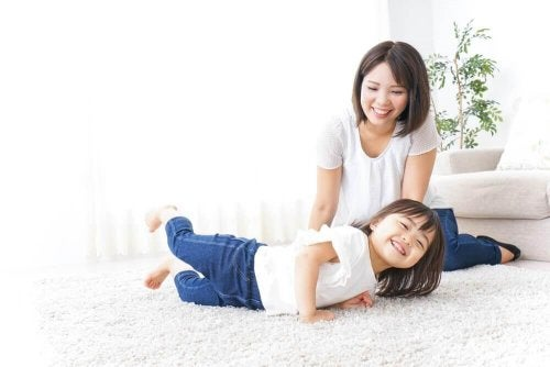 Copiii japonezi sunt ascultători deoarece sunt educați cu iubire