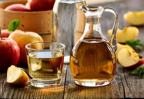 Cum să combați alopecia cu oțet de mere