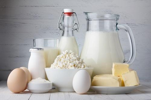 Dietă pentru prevenirea osteoporozei bazată pe consumul de lactate