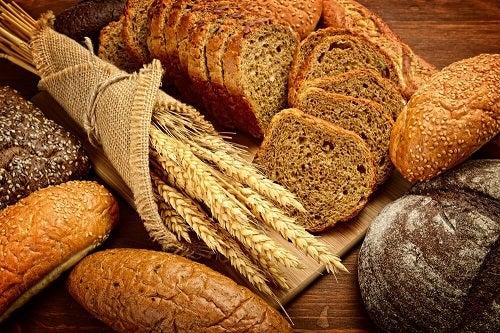 Idei de mic dejun cu pâine integrală