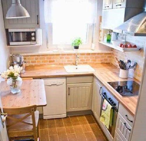 Corpuri de iluminat folosite în amenajarea unei bucătării mici