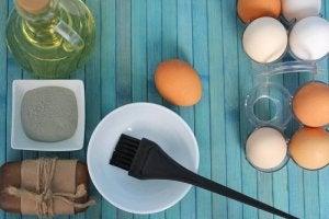3 remedii cu ou pentru hidratarea părului uscat