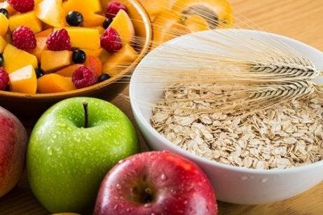 Ovăzul și mărul ajută la scăderea trigliceridelor