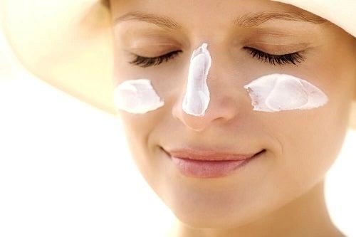 Remediu împotriva petelor pigmentare cu iaurt și banane