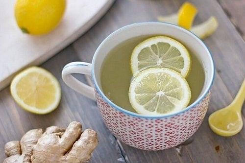 Rețetă de ceai concentrat de ghimbir cu lămâie