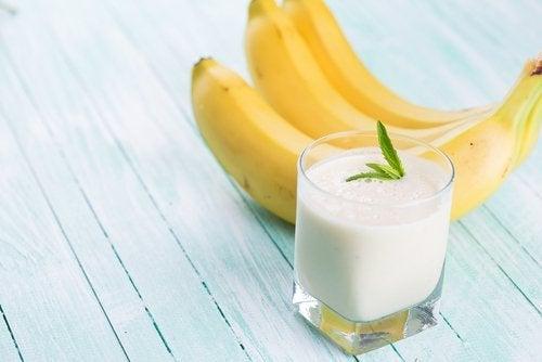 Rețetă de lapte de ovăz cu banane