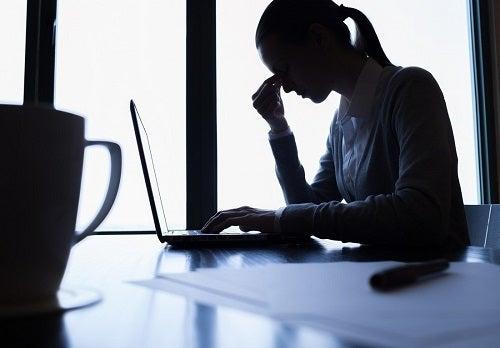 Neuroinflamația cauzată de depresie și de stres